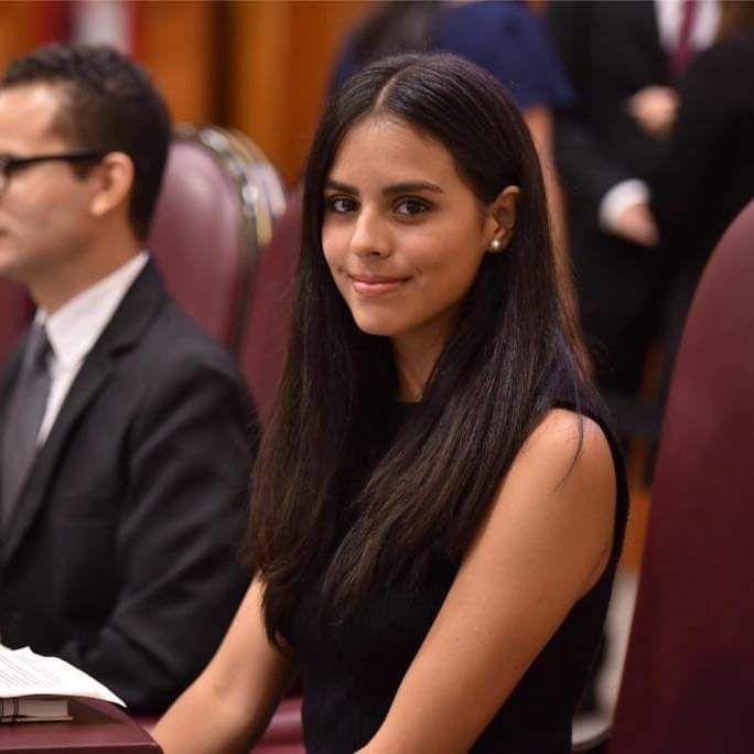 Denise Bueno Duval, fue seleccionada para integrar el Parlamento Juvenil 2021, en el Senado de la República